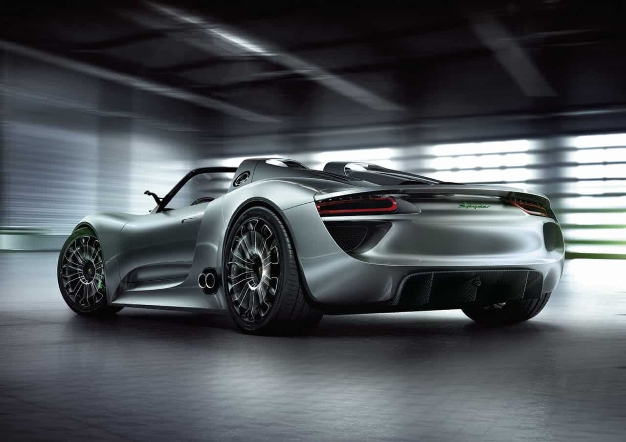 Porsche 918 Spyder Rear Side 2