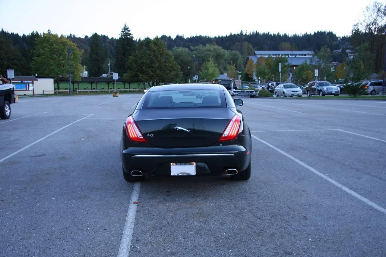 2011-Jaguar-XJ-Rear-Picture