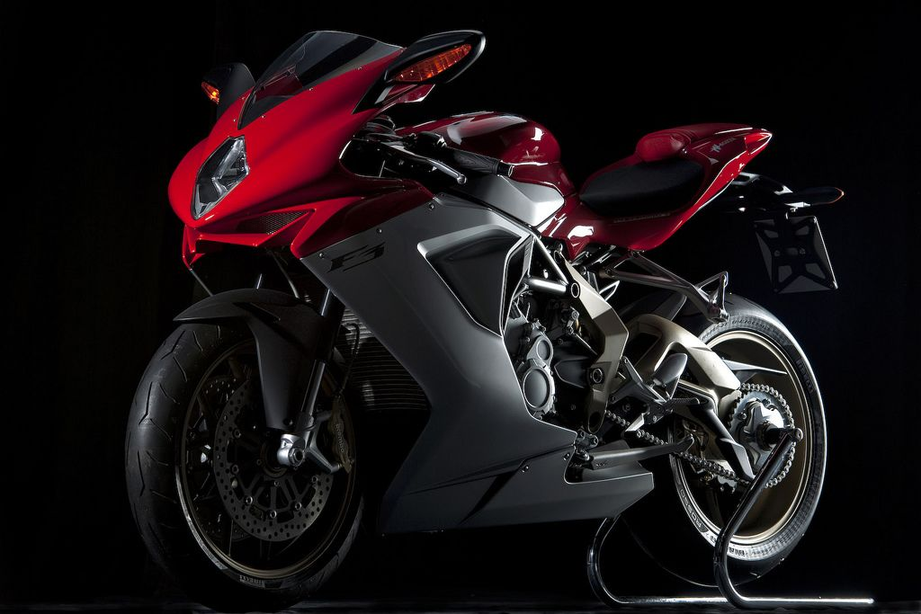 2011-MV-Agusta-F3-Red-Black