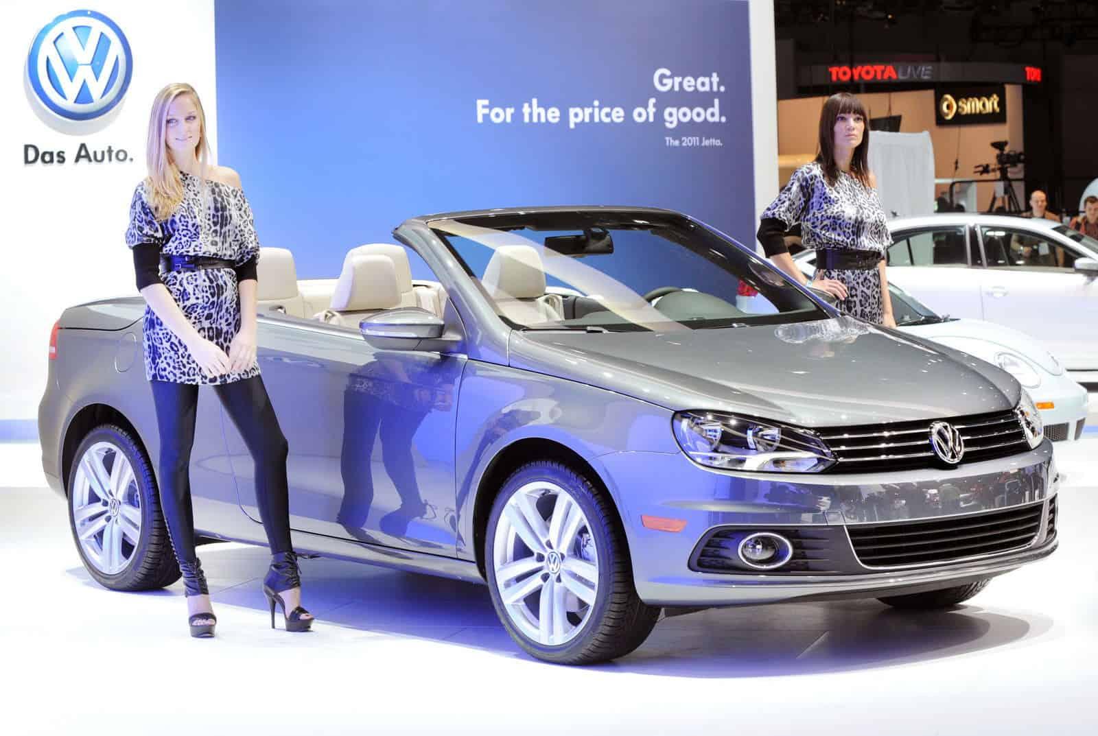 LA-Hot-Auto-Show-Girls-VW