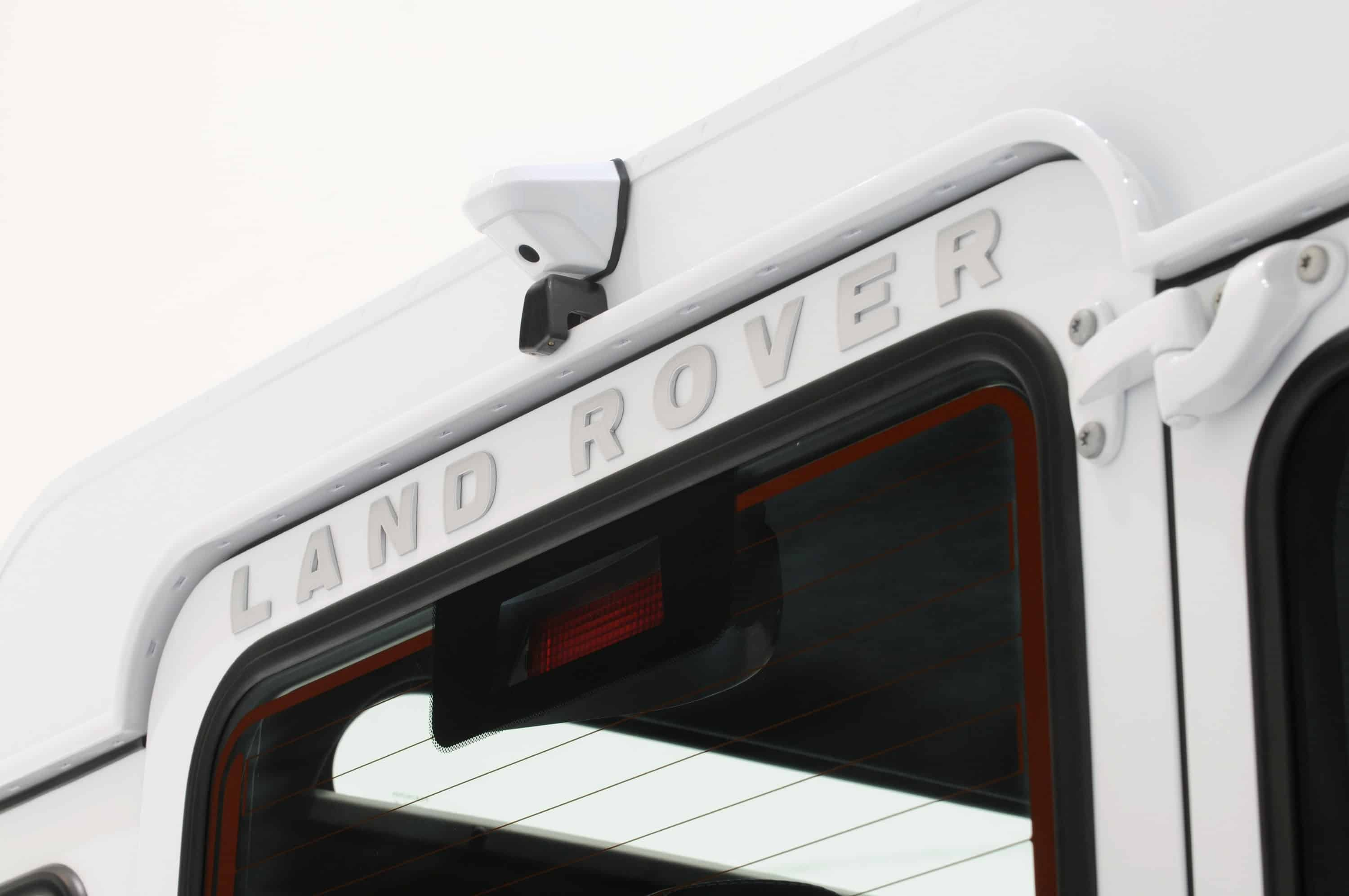Startech-Land-Rover-Defender-Yachting-Trim