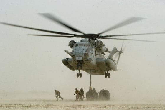Ch-53E dropping of fuel in Iraq