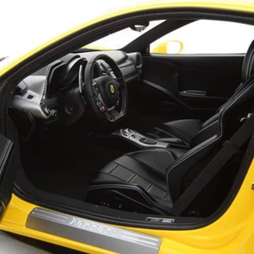 1-8-Scale-Ferrari-458-Italia-Model-Yellow-Interior