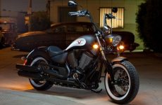 Victory-Motorcycles-High-Ball