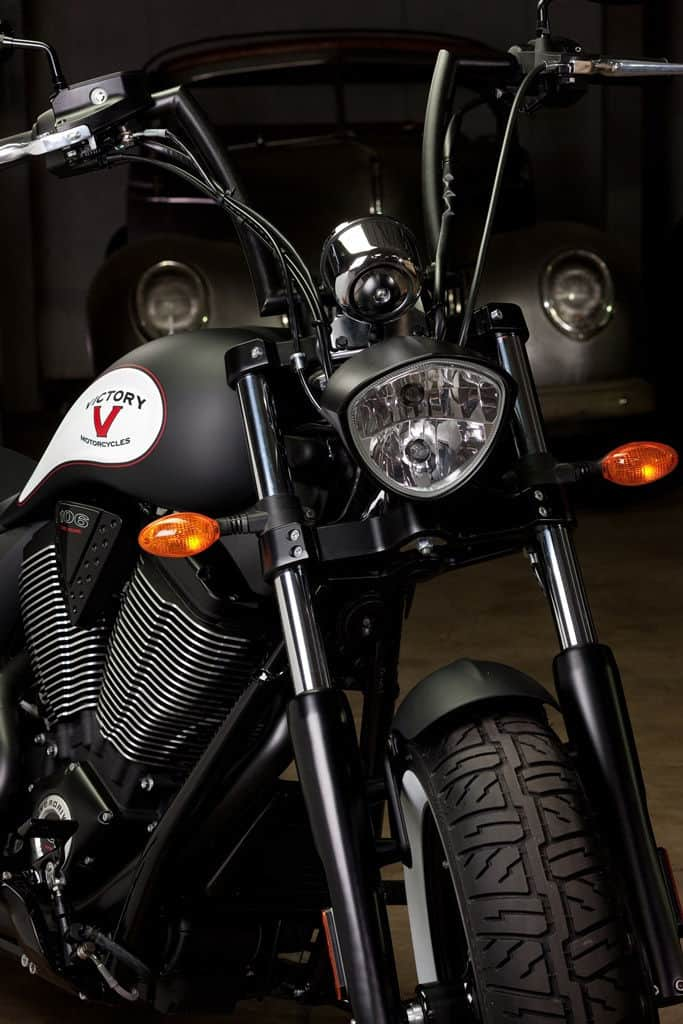 Victory-Motorcycles-High-Ball-Front