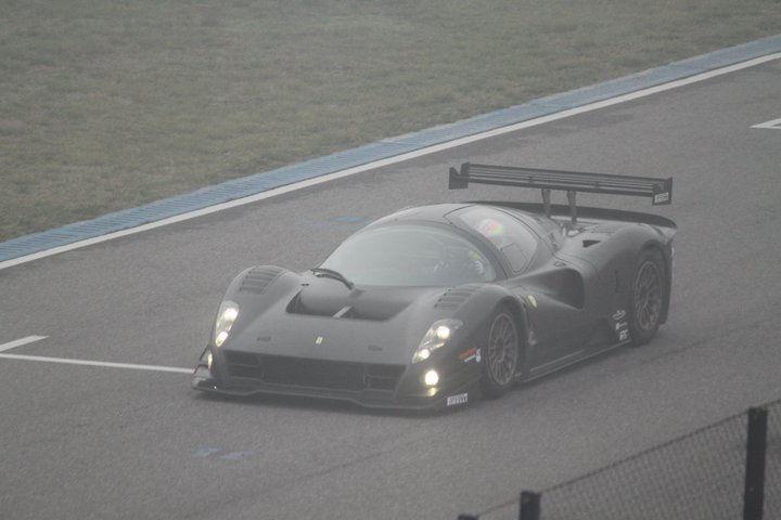 Ferrari-P4-5-Competizione-Top-View