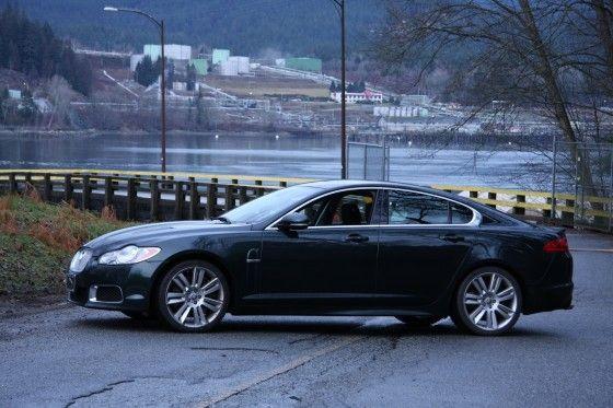 2011-Jaguar-XFR