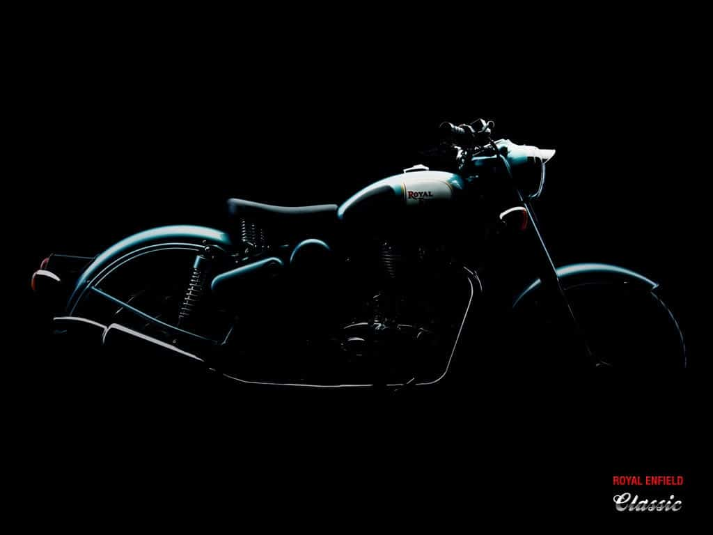 Royal-Enfield-Classic-500-Motorcycle-Side