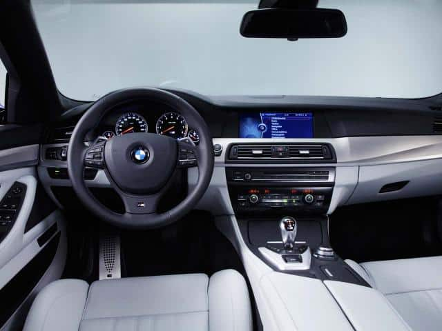 2012-BMW-M5-F10-Interior