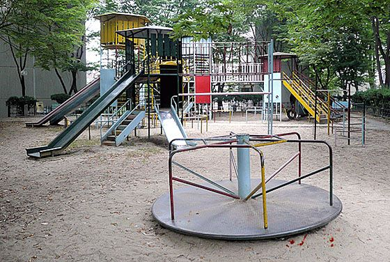 A classic example of a playground that doesn't suck