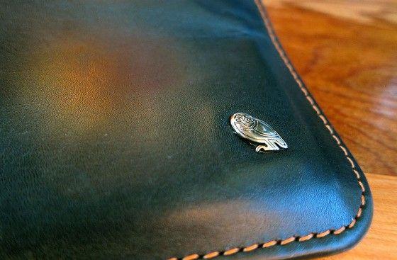 bellroy owl emblem