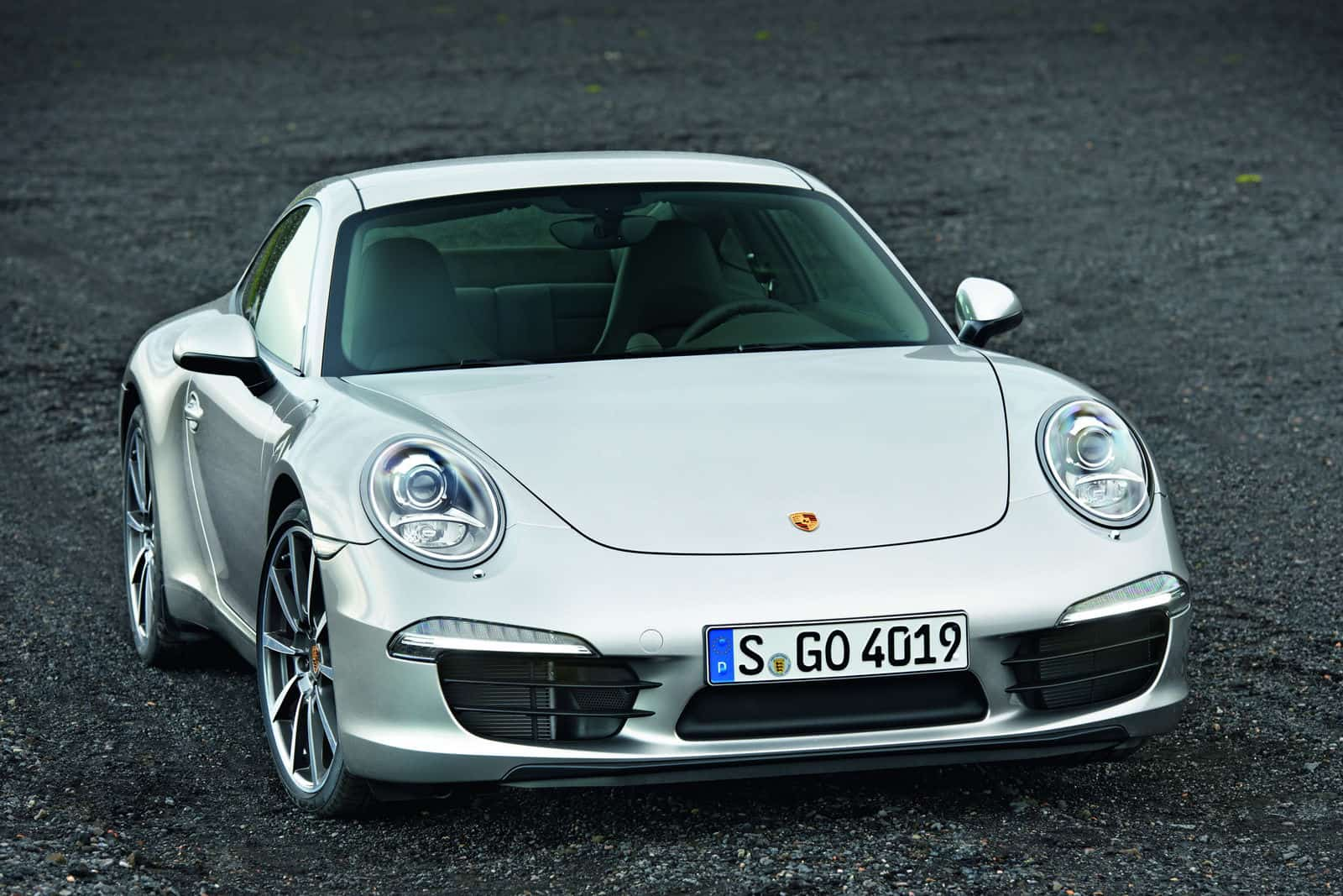 2012-Porsche-911-Carrera-991-Silver