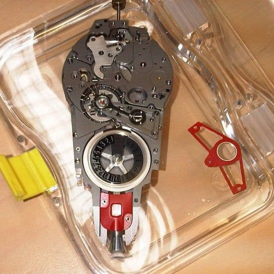 Only-Watch-2011-Celsius-X-VI-II-Watch-Phone