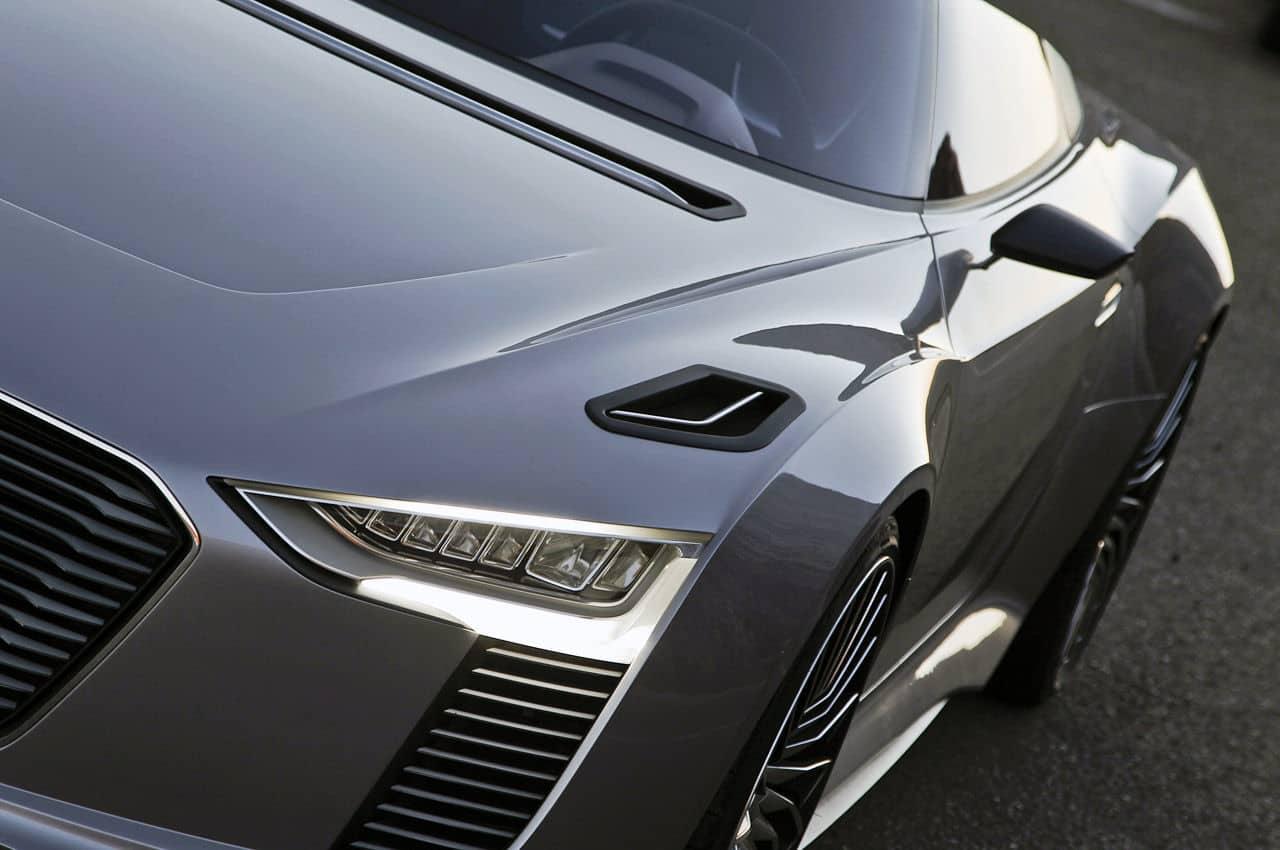 2014 Audi e-tron Spyder parked