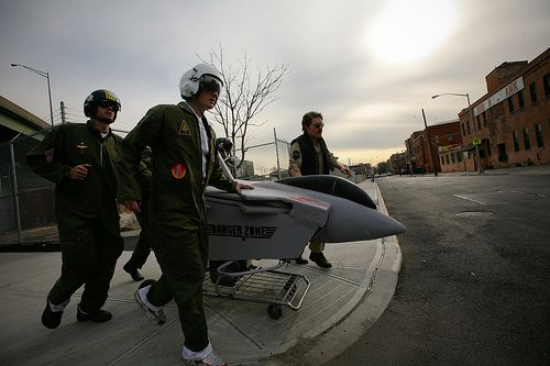 top gun plane racing shopping cart