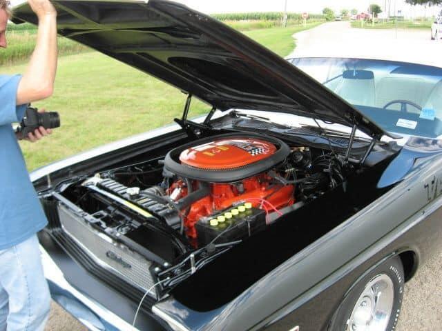 special order 1970 Dodge Challenger T/A engine