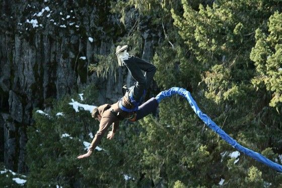 Guy diving down at Whistler Bungee