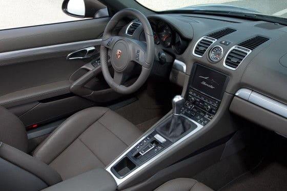 2013 Porsche Boxter interior