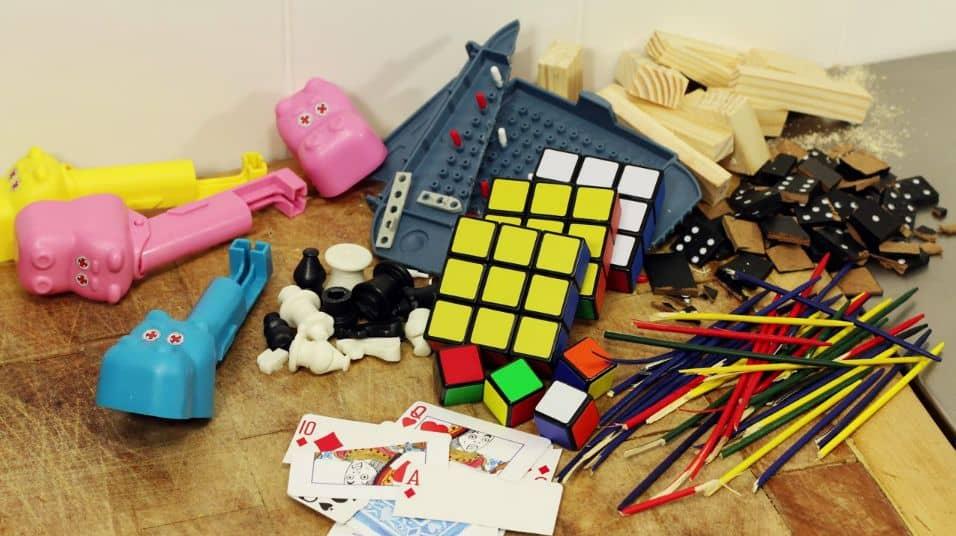 delta heavy boardgame video get by broken toys