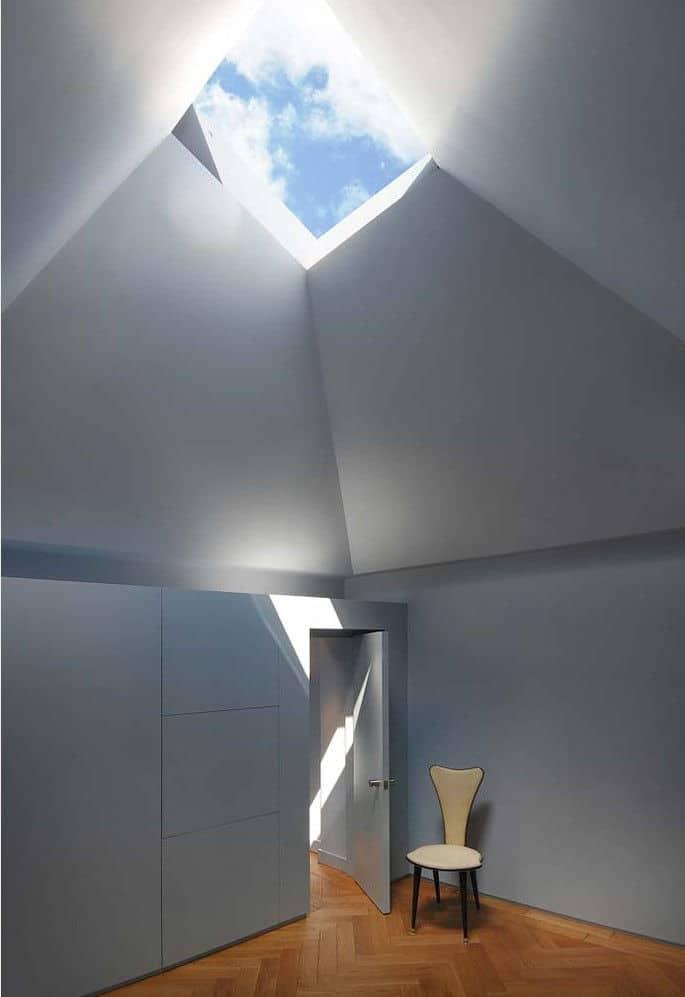 hidden house london teatum+teatum light well skylight