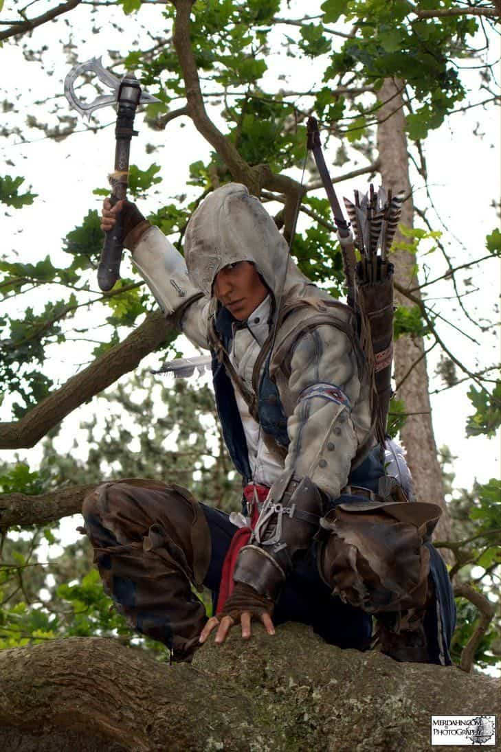 assassins-creed3-cosplay-connor-and-aveline02