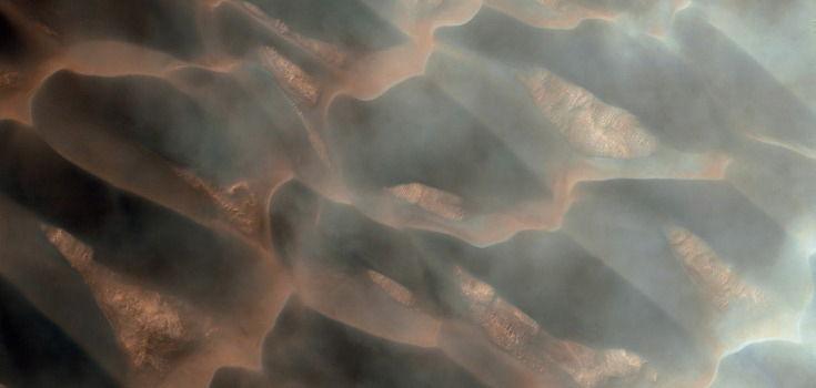 north pole dunes on mars