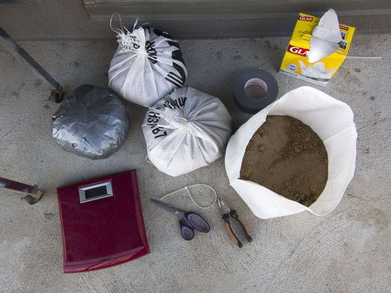 items to make a sandbag