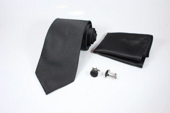 amadeo black tie set