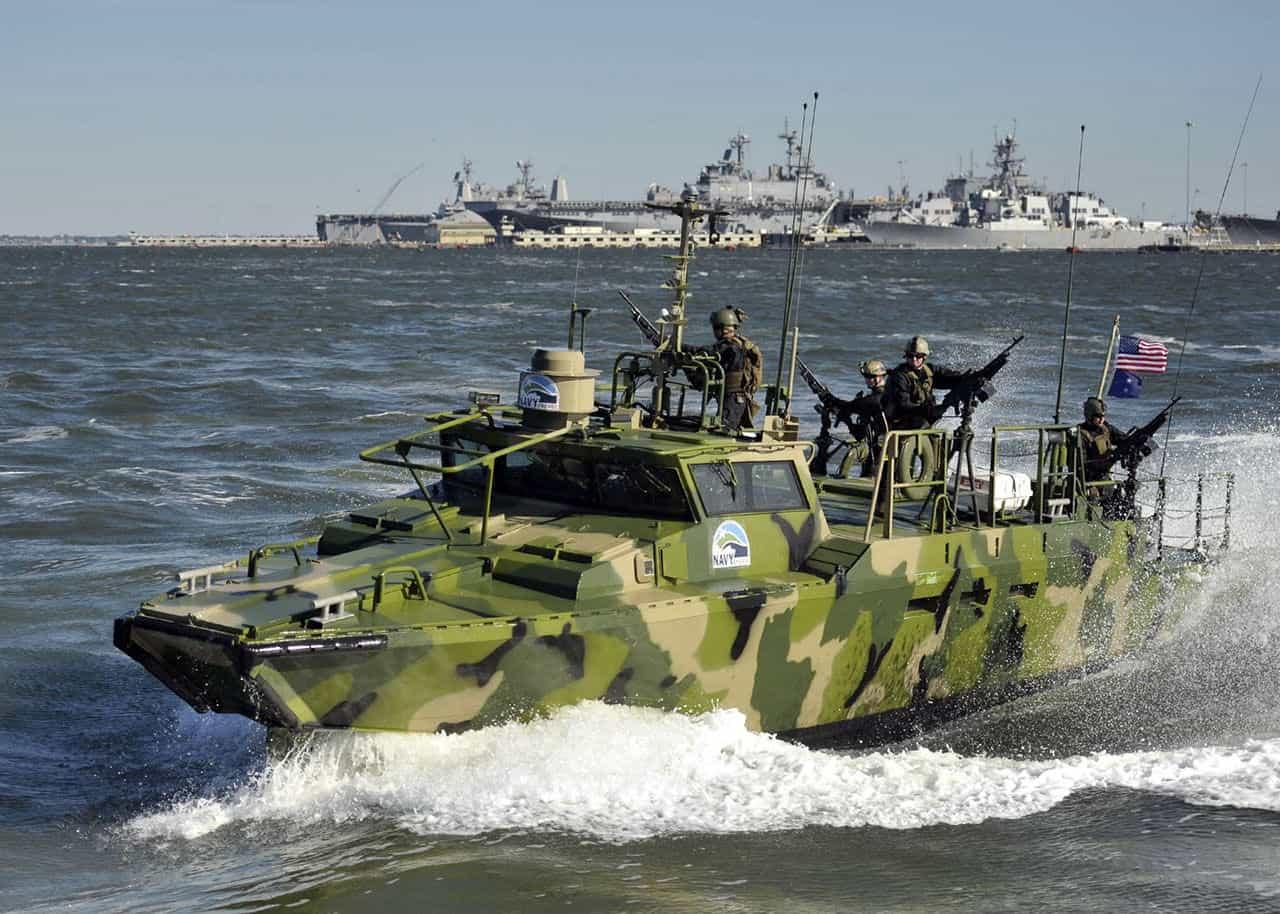 rcbx-rivirine-command-boat-us-navy