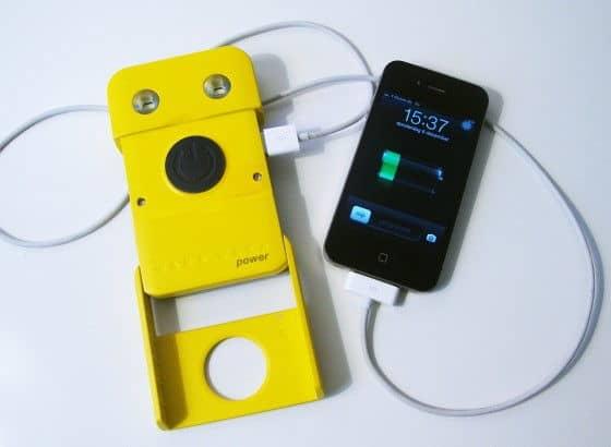 wakawaka charging an iphone