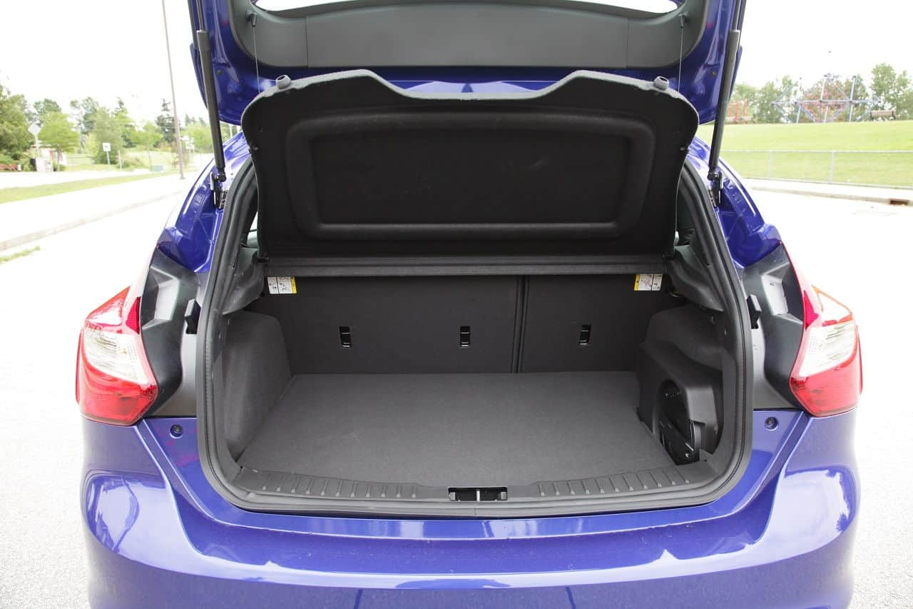 2013 Ford Focus ST trunk