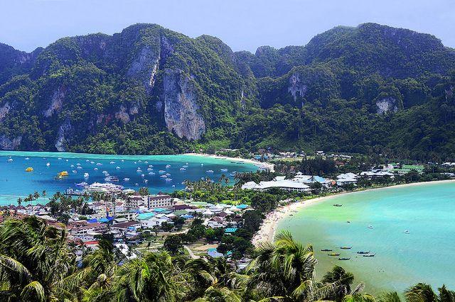 Thailand vacationing