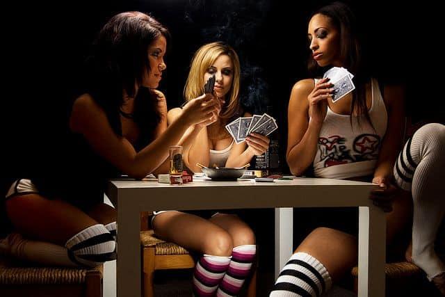 sexy girls playing poker