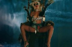 Pour It Up Explicit Rihanna