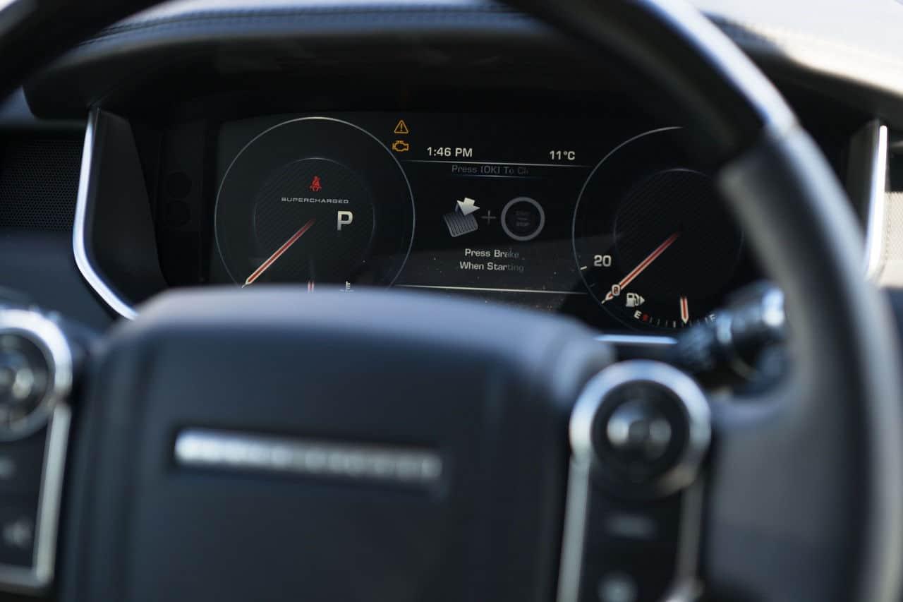 2014 Range Rover steering wheel