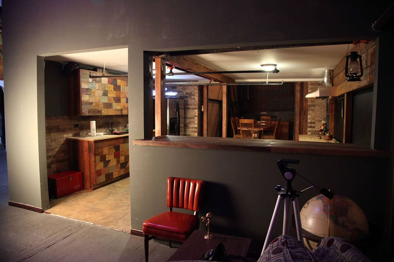 Man Cave Urban Kitchen : Man cave inspiration a photographers bachelor pad in los