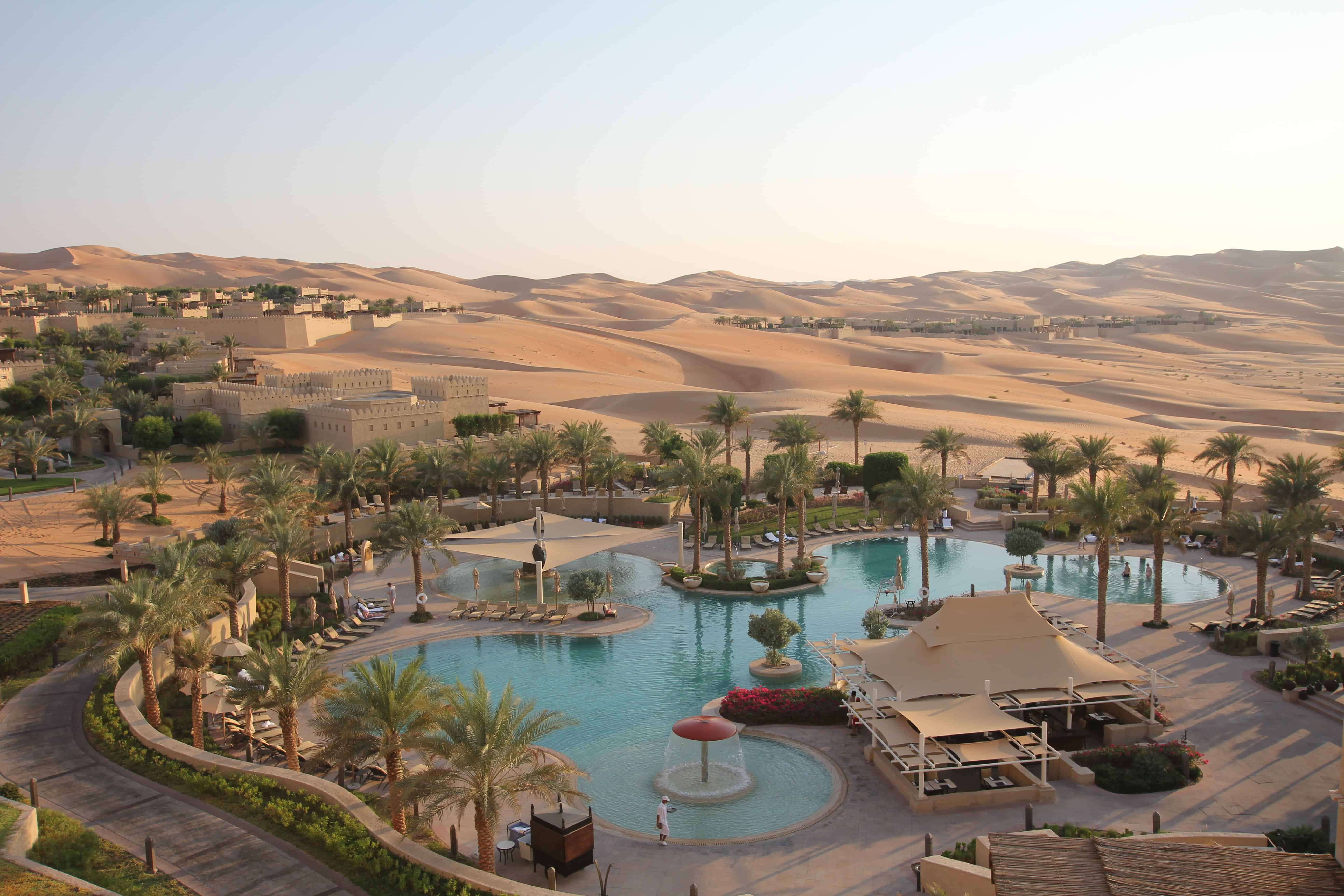 Luxurious And Must See Hotels In Dubai Unfinished Man
