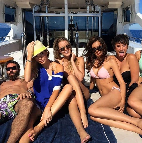 dan bilzerian with women