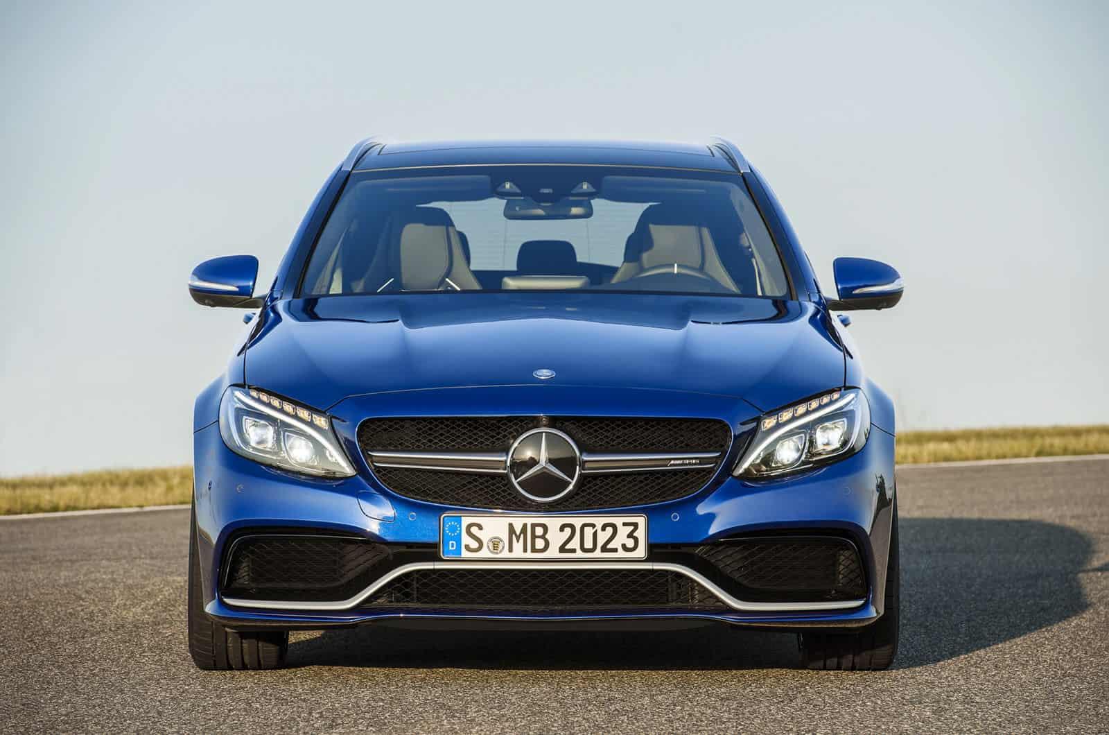 2015_Mercedes-Benz_C63_AMG_6