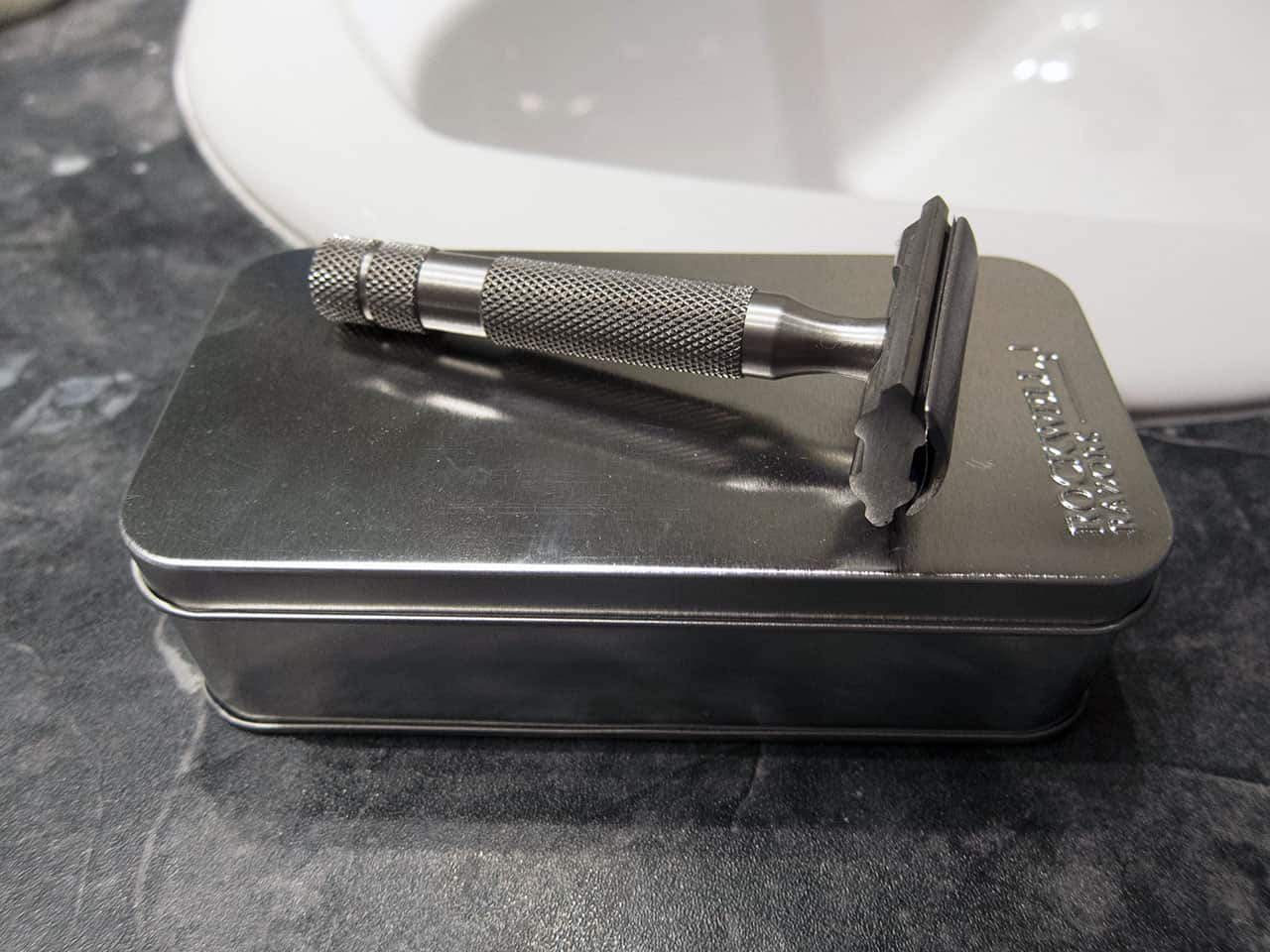 shaving-with-a-rockwell-s6-safety-razor_2