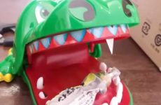 deadly croc game toy ow