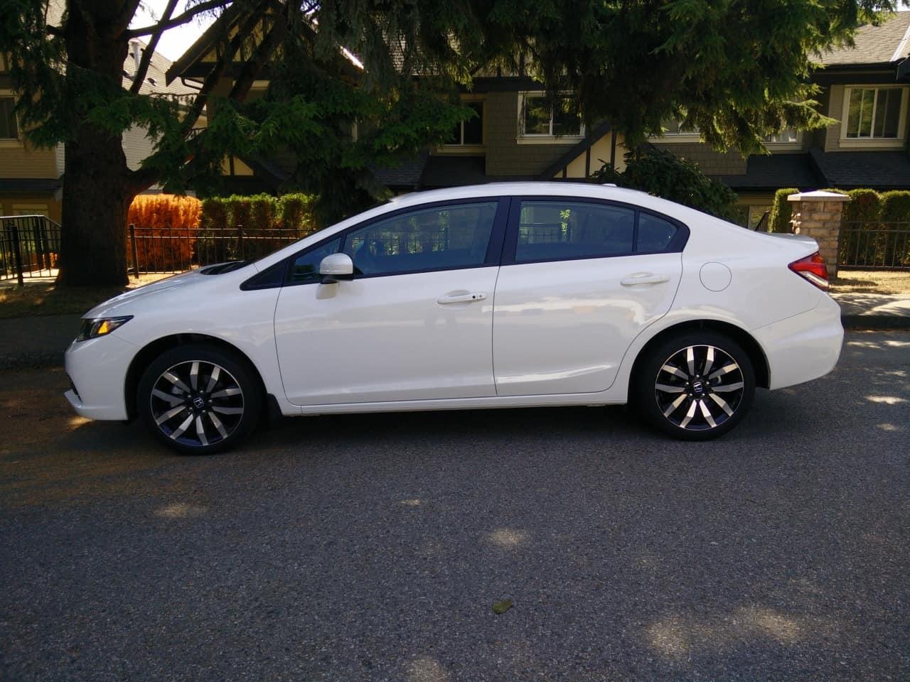 2015_Honda_Civic_Touring_Review_03