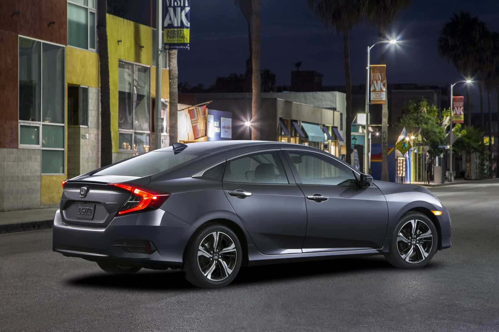 2016_Honda_Civic_Sedan_2