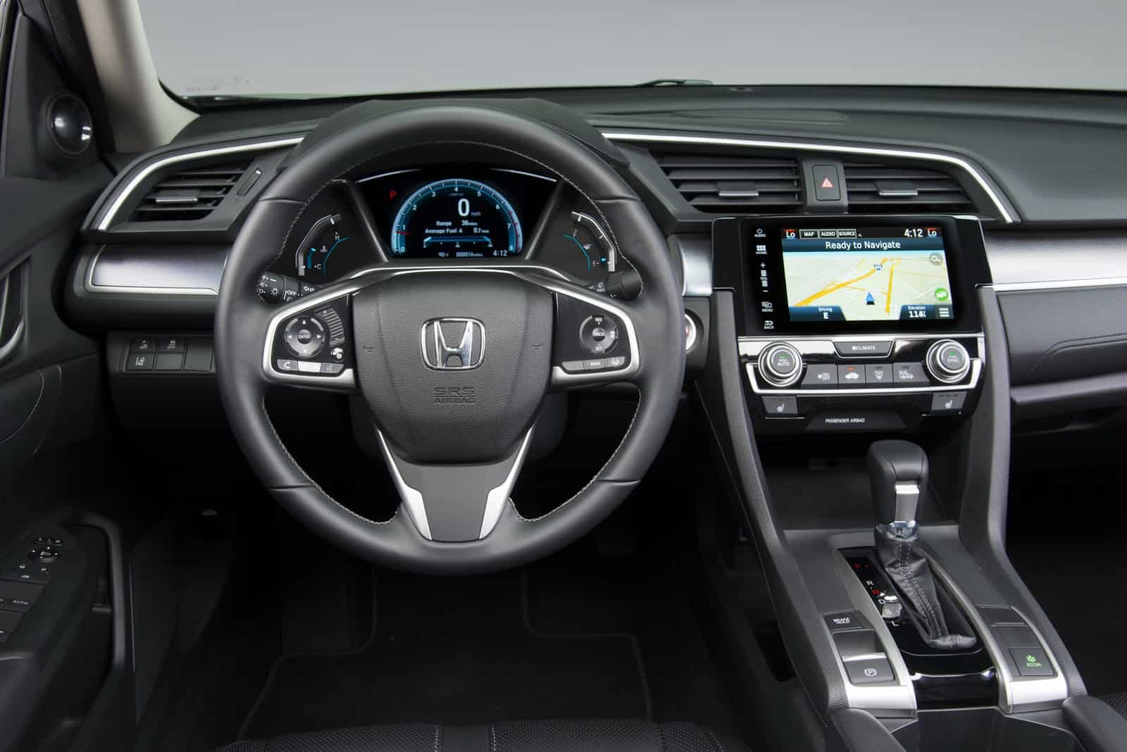 2016_Honda_Civic_Sedan_3