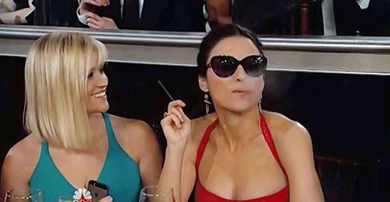 reese witherspoon smoking with julia dreyfus