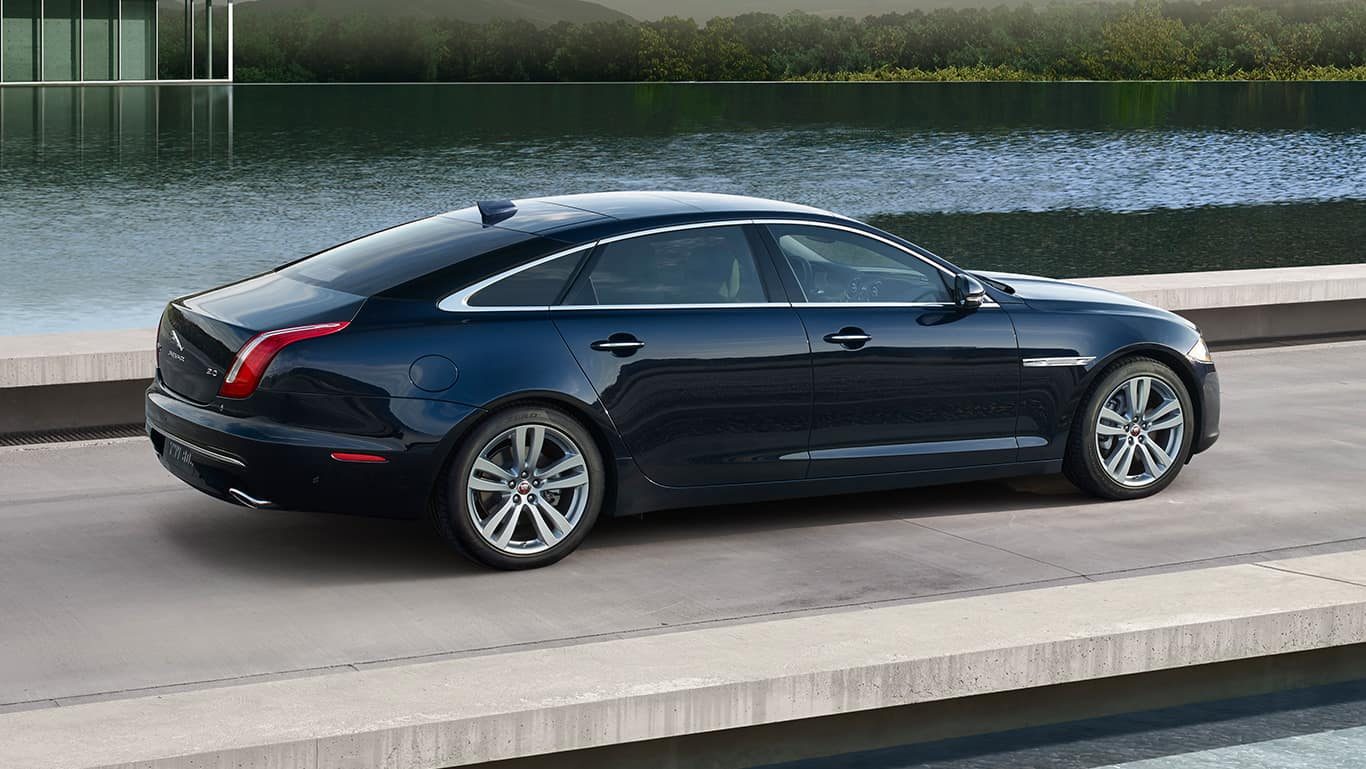 Jaguar 2018 Xj >> Luxury & Style: 2016 Jaguar XJL AWD Review - Unfinished Man