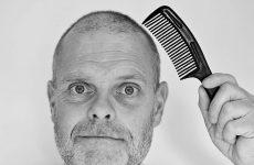 balding man comb