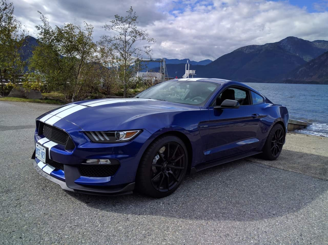 2016_ford_mustang_shelby_gt350_review_6