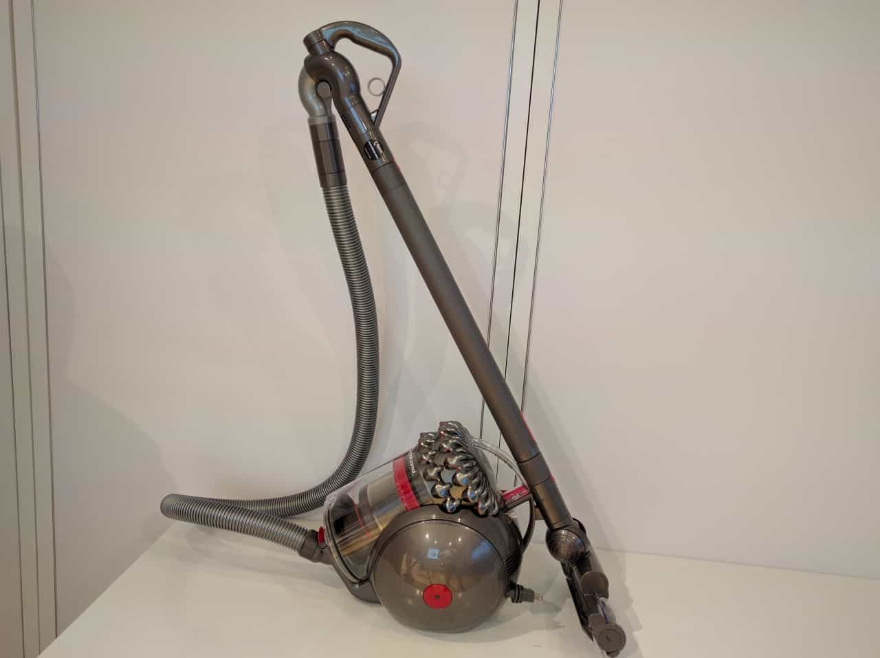 dyson cinetic big ball vacuum cleaner review unfinished man. Black Bedroom Furniture Sets. Home Design Ideas