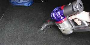 Dyson V7 Vacuum for Cars + Boats, Reviewed